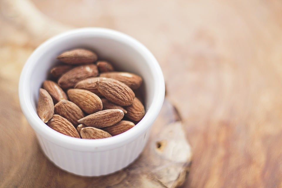 Almonds- Best Food for weight loss
