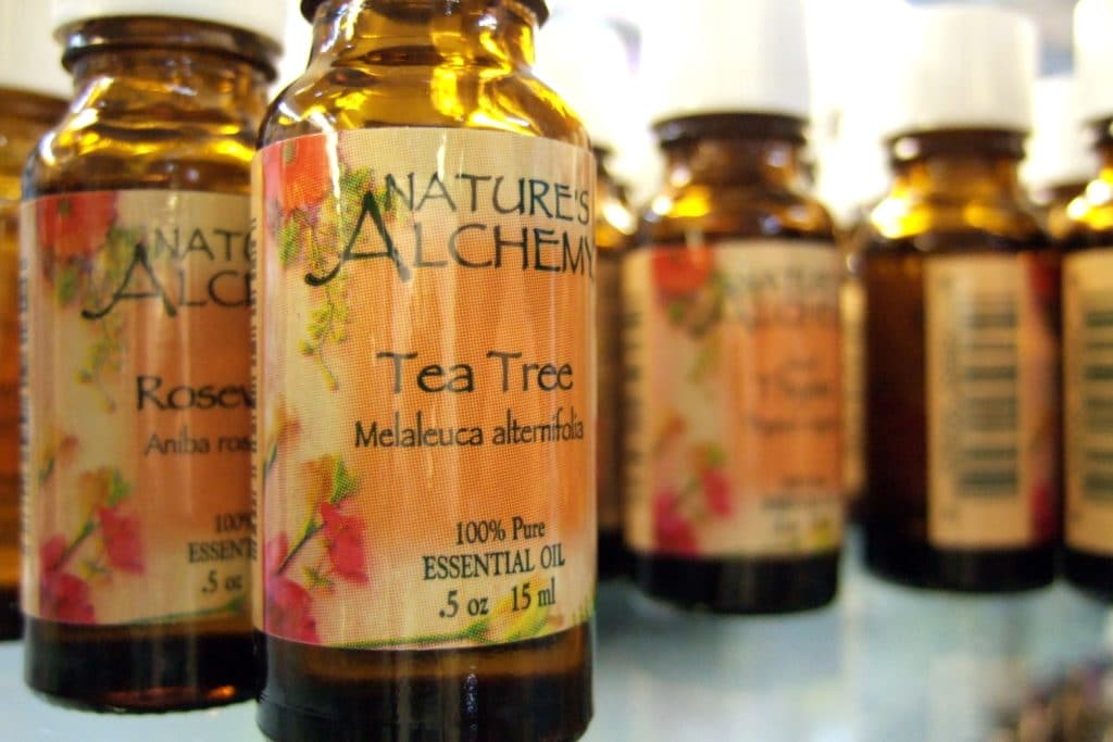 Tea tree oil- Itchy Scalp Remedies