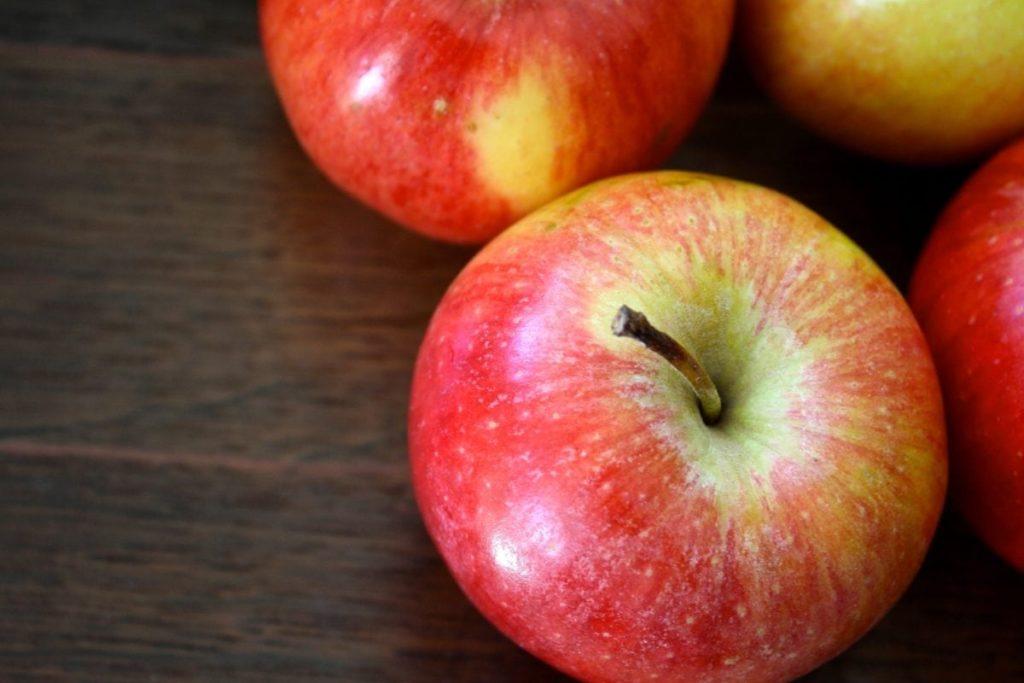 Apple- zero calories foods